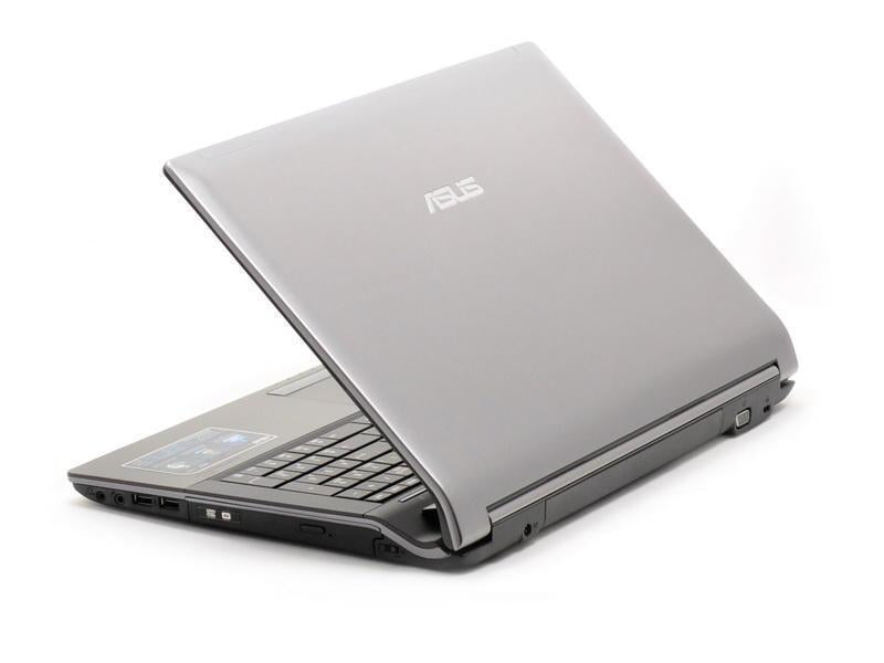 Asus N53Jg 15.5 inch Gaming Laptop Intel Core i3 4 GB RAM 320 GB HDD
