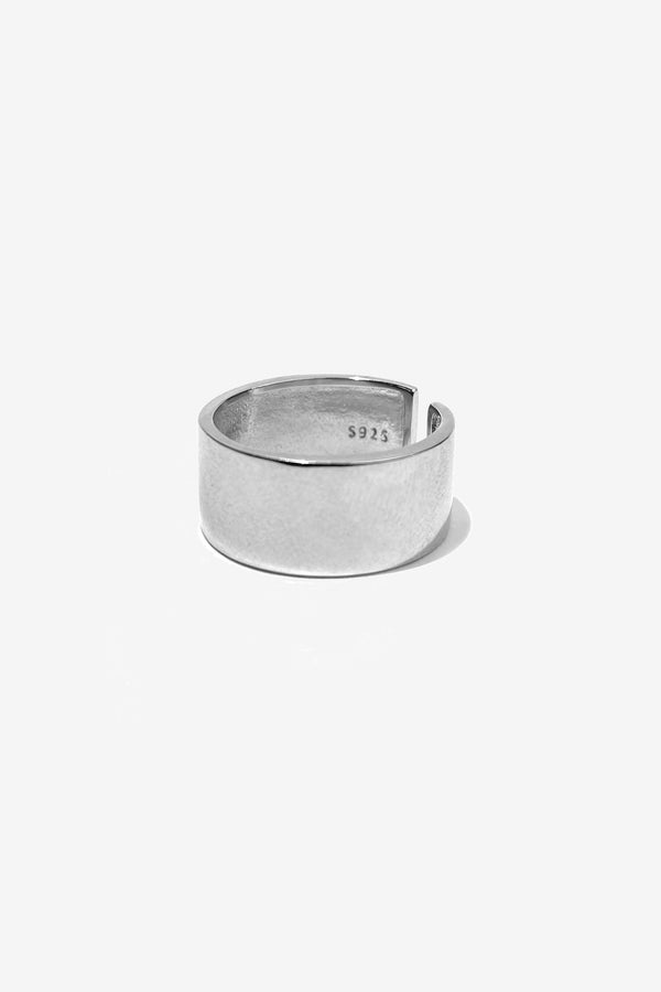 .925 Cuff Ring - Rogue Network, Specialising in SEO and Google Web Optimisation, both organic and paid. Also specialising in Instagram and Facebook marketing.