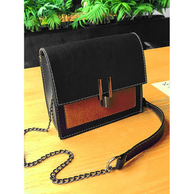 Two Tone Detail Chain Bag