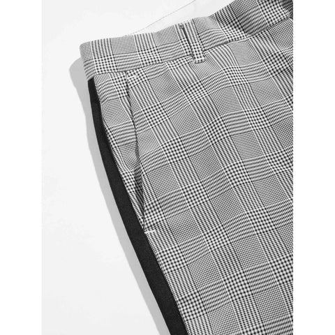 Men Tape Panel Side Plaid Peg Leg Pants