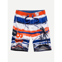 Men Drawstring Tropical Print Shorts