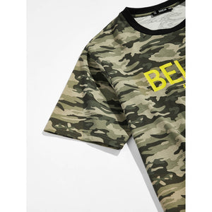 Men Contrast Neck Camo Tee