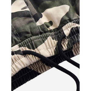 Men Pocket Decoration Drawstring Camo Shorts