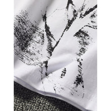 Men Solider Abstract Print Tee