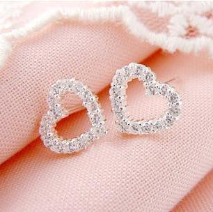 2016 new arrival romantic super shiny AAA zircon & 925 sterling silver lover heart design lady stud earrings wholesale