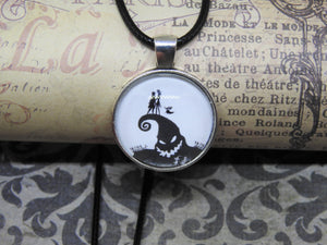 THE NIGHTMARE BEFORE CHRISTMAS Glass Cabochon Silver Pendant Novelty Necklace