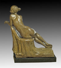 Delaney Seated - LeQuire Gallery
