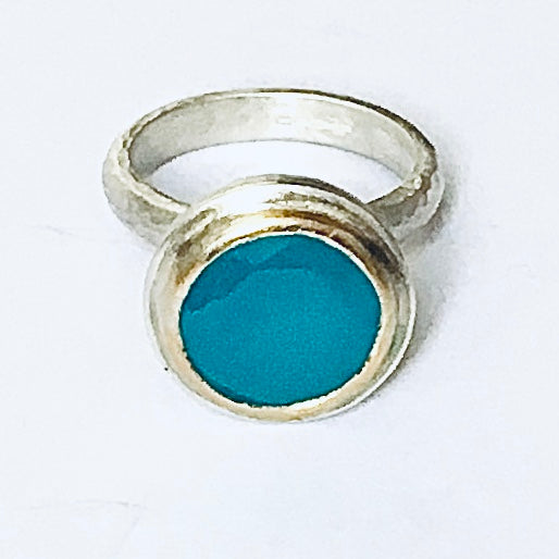 Silver, 18ct gold and chalcedony ring