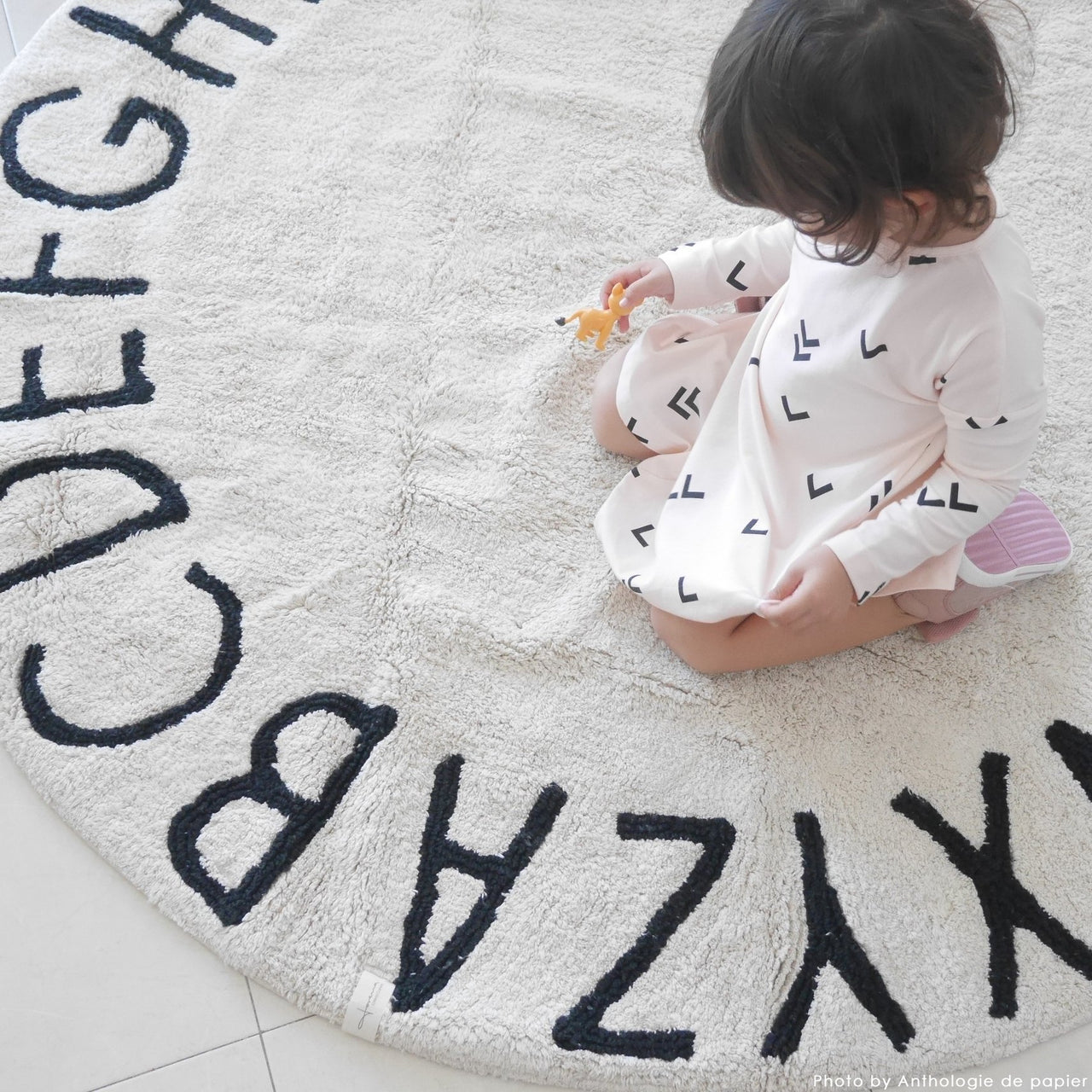 ABC Round Washable Rug - Natural Black - Rooms for Rascals, a Leafy Lanes Retailers Ltd business