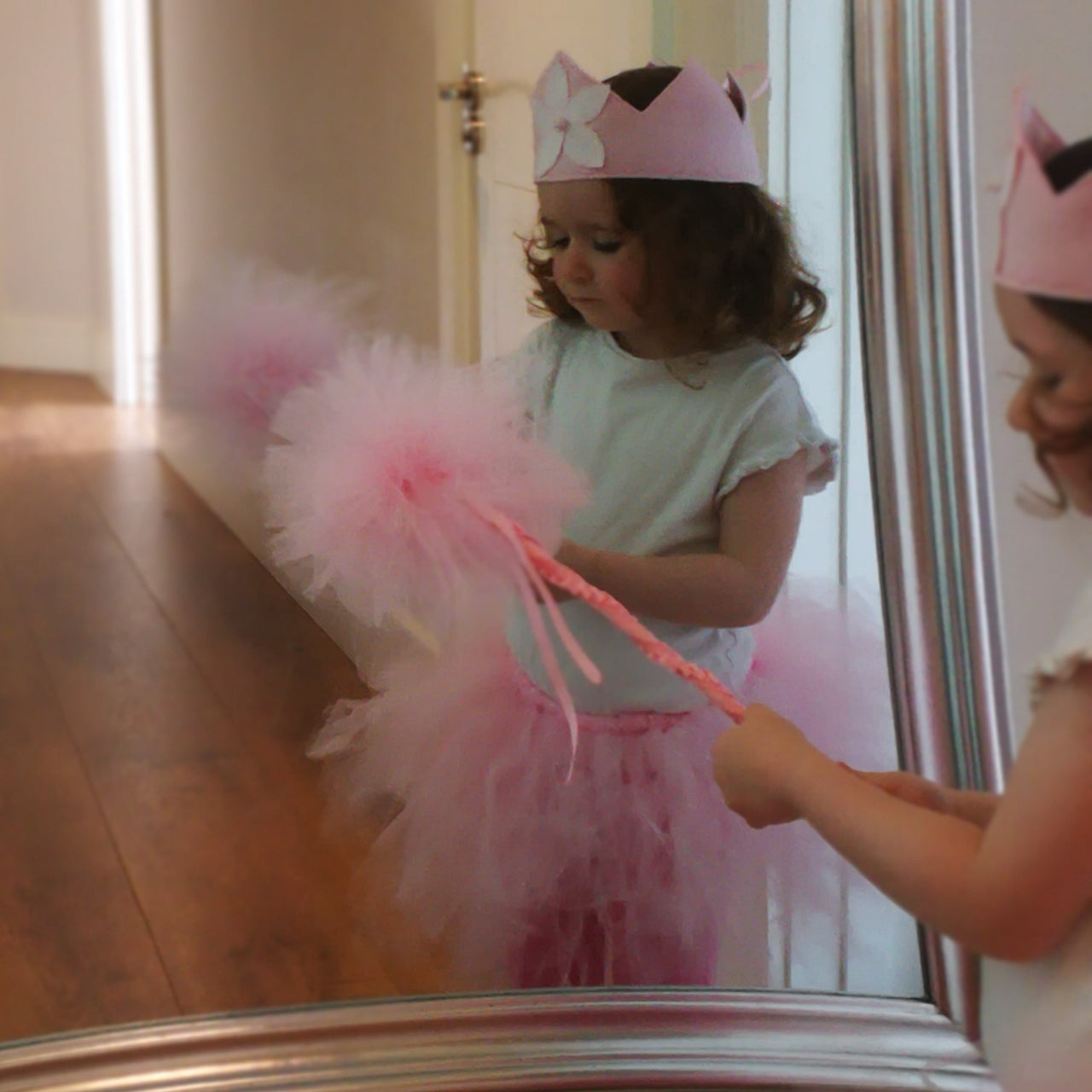 Ballerina Set Dress Up (Crown, Wand and Tutu) - Rooms for Rascals