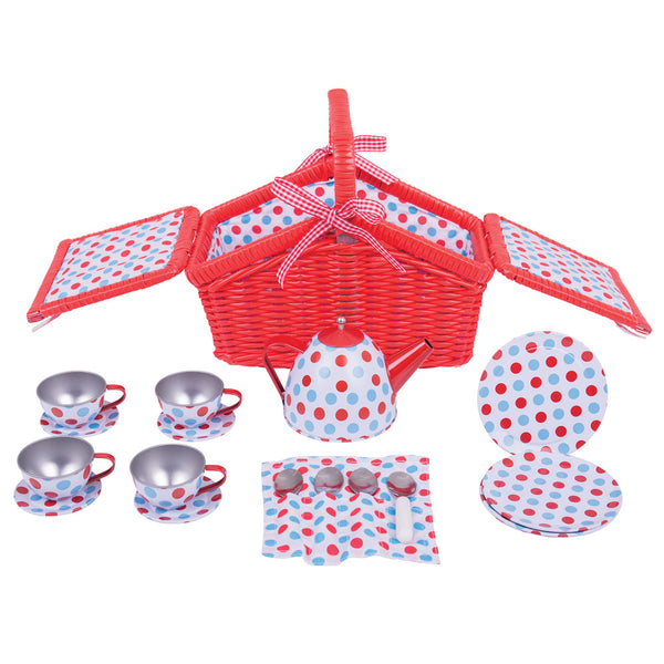 Little ones can host the perfect tea party with this delightful spotted basket Tea Set from Bigjigs.
