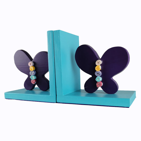 This exquisite bookend with a turquoise wooden base and a purple butterfly design will bring colour and imagination to your child's bedroom.