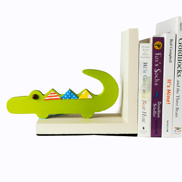Designed and hand-crafted in Italy, these bookends with a natural wooden base and a green crocodile design will bring colour and imagination to your child's bedroom.