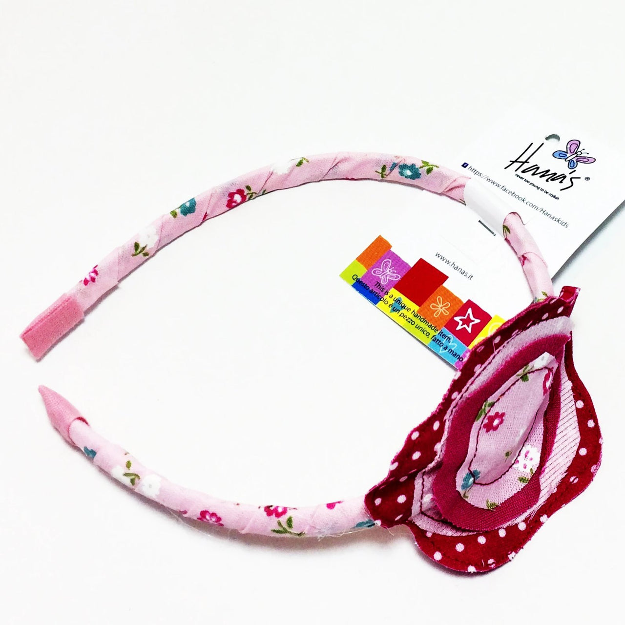 Our Pink Flower Headband is finished with 100% cotton fabric, decorated with a hand sewn little flower. This headband is perfect for girls of all ages and it is a lovely piece to have!