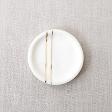 Load image into Gallery viewer, Honeycomb Studio minimalist jewelry dish with gold lines