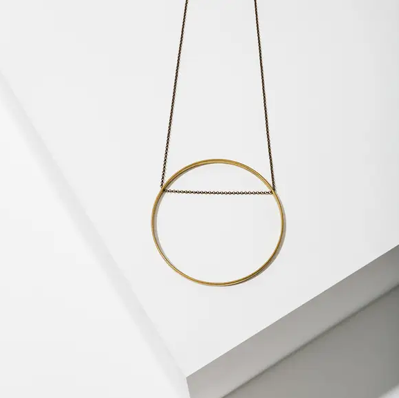 horizon circle necklace in brass - large