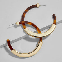 coco tortoise metal hoop earrings