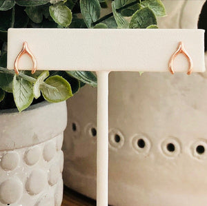 grateful hope stud earrings