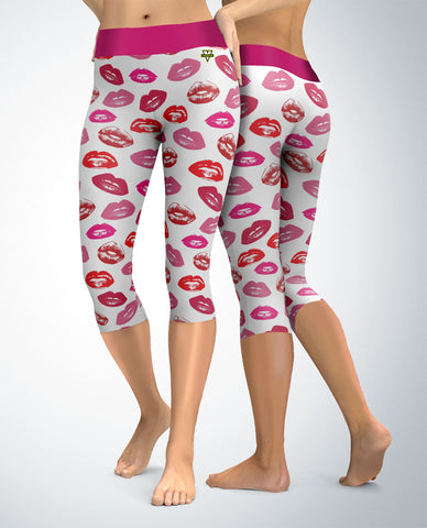 Kisses and Lips Capris (white)
