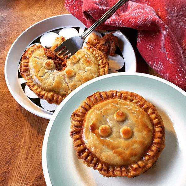 Bacon & Bangers Brand Frozen Single Serve Pies (Double Pack)