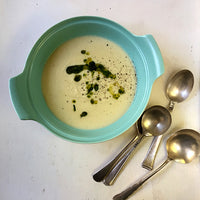 Creamy Cauliflower Soup (Vegetarian)