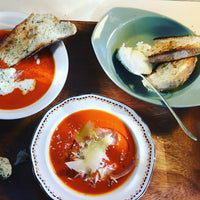 Mom-style Tomato Soup (Vegetarian)