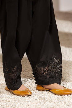 Design 91 - Baroque Embroidered Shalwar
