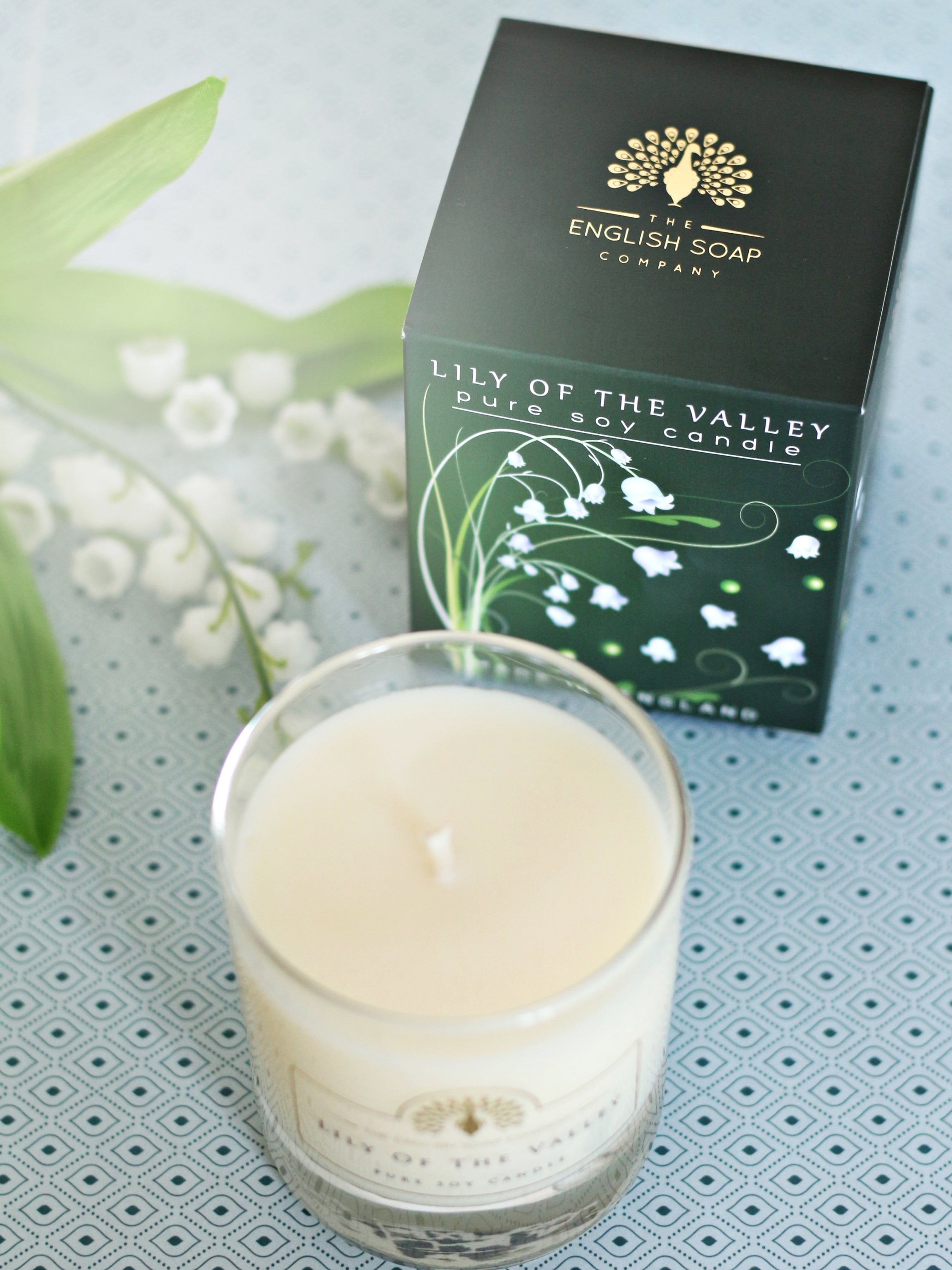 English Soap Company Soy Wax Candle - Lily of the Valley