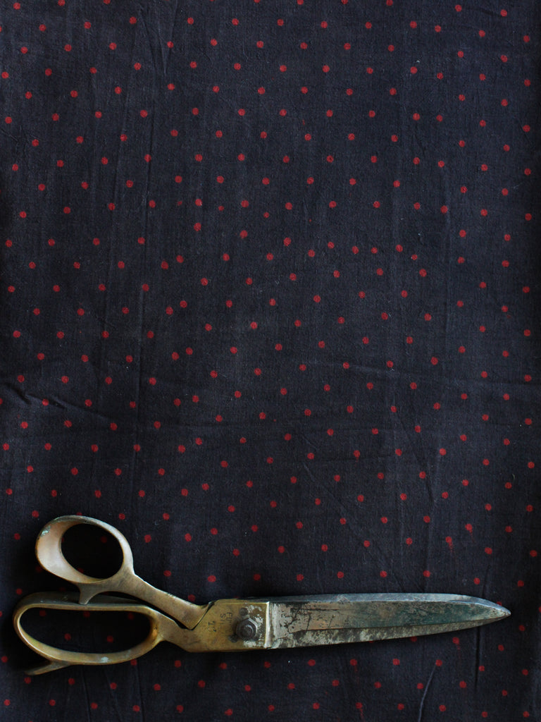 Blockprint Natural Dye Fabric #011 - Red Dots