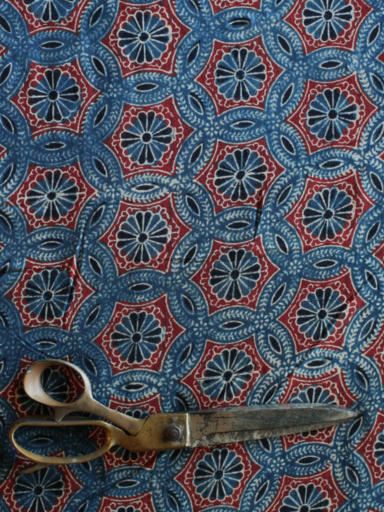 Blockprint Natural Dye Fabric #012 - Flower Ajrakh