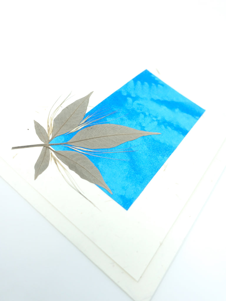 Elements Pressed Flower Card - Blue Jewel