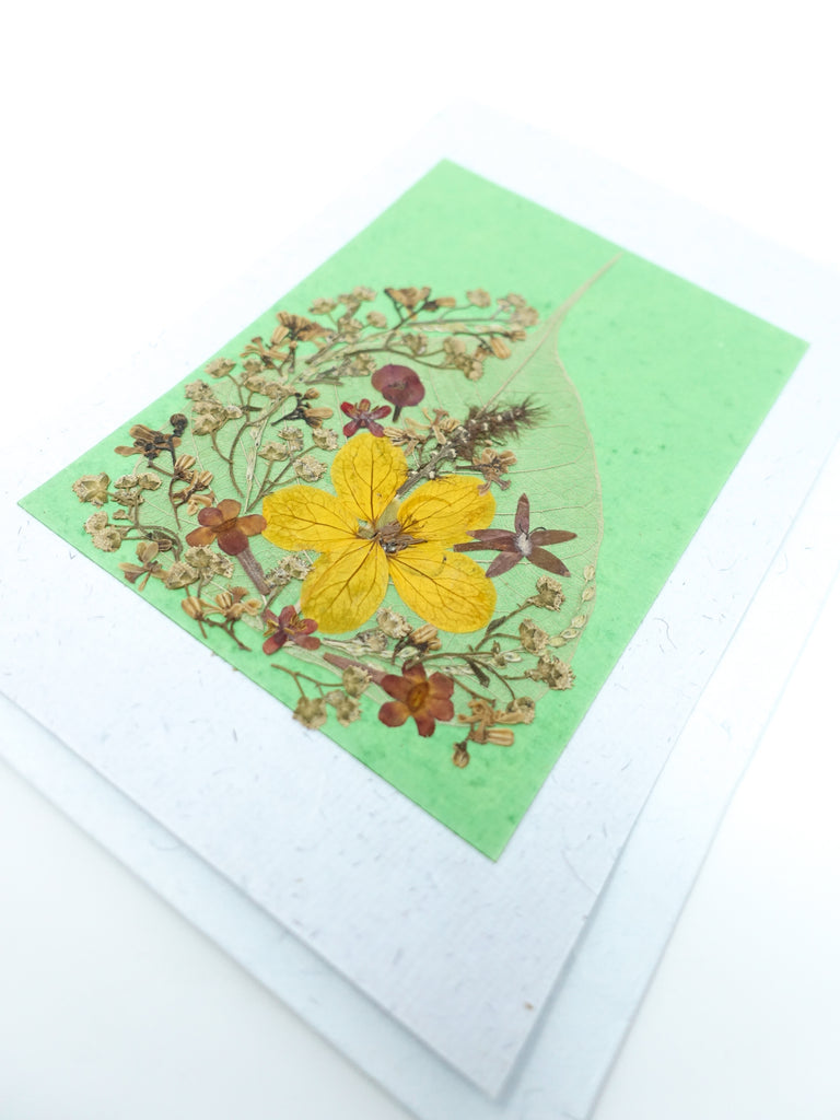 Bodhi Pressed Flower Card - Bud Green