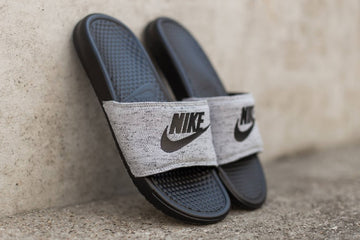 Youth Slides & Sandals