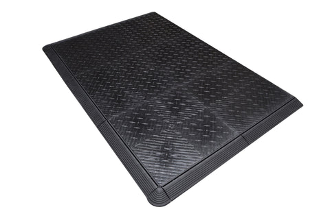 Black diamond plate anti-fatigue mat work mat
