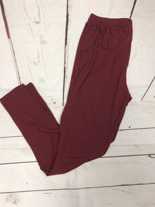 Burgundy Plus Size leggings