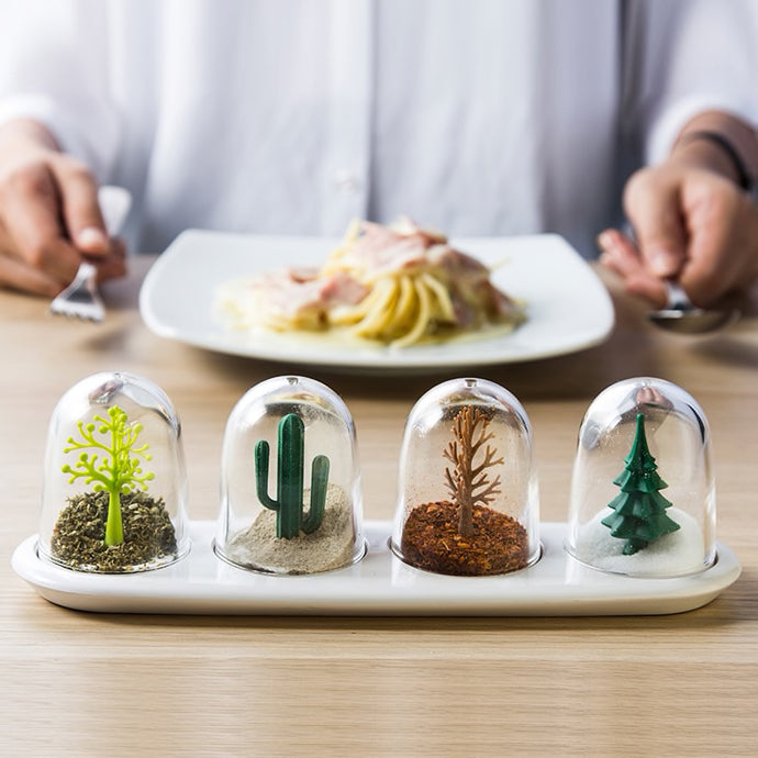 4Pcs/Set Creative Four Seasons Salt Pepper Shaker
