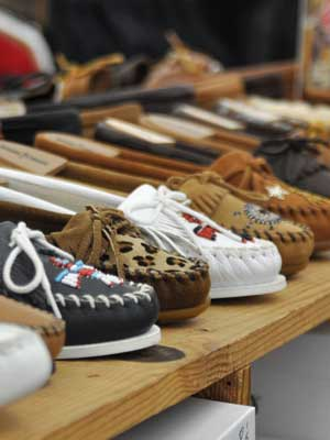 Women's Moccasins & Top-Siders