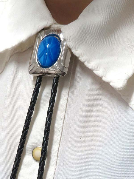 Rockmount Oval Glass Blue Starburst Bolo Tie 46139 close up