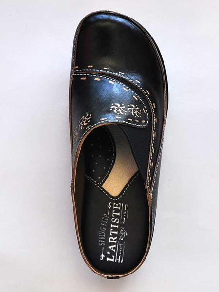 Women's Spring Step Black L'Artiste Chino Slip On Clog - CHINO-B