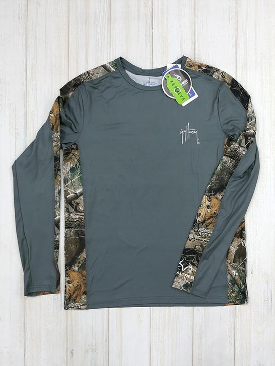 Guy Harvey GHV55350 Mens Camo RealTree Longsleeve Performance Tee Charcoal Front View