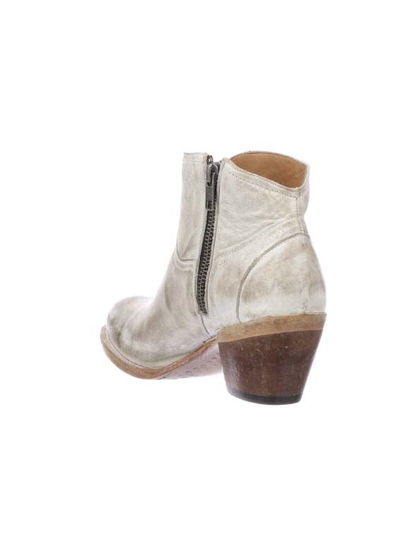 Lucchese Womens Ericka White Distressed Low Scallop Bootie M6007