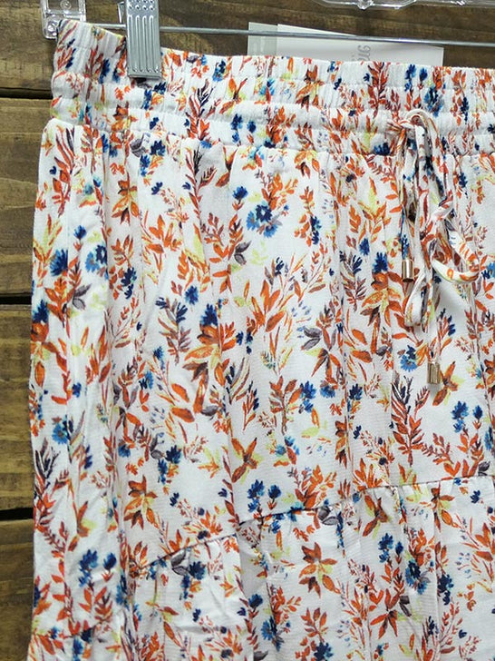 Close up of Miss Me MS0027L Womens Floral Print Elasticize Waist Front Tie Hi-Lo Skirt Multi
