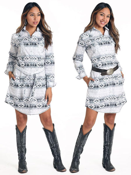 Panhandle R4O4040 Womens Aztec LS Stretch 2 Pocket Snap Dress Posting Girl