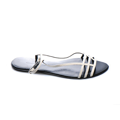 3015 PATENT LEATHER FLAT SANDALS, STONE