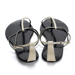3019 PATENT LEATHER FLAT SANDALS, GREY