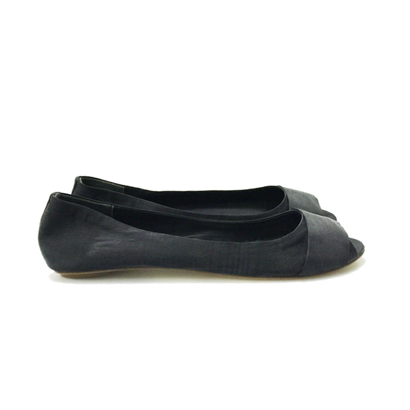 3064 OPEN TOE SILK FLATS, BLACK