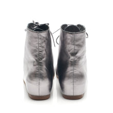 J117 LEATHER HIGH-TOP BOOTS, SILVER
