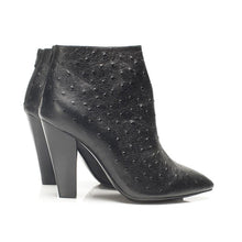 K610 OSTRICH TEXTURED LEATHER BOOTS, BLACK