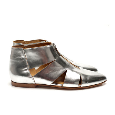 K703 LEATHER FLAT BOOTS, SILVER