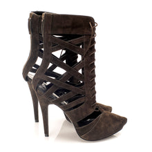 K731 SUEDE CUT OUT BOOTS, DUST COFFEE
